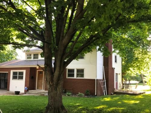 801 Lincoln Drive Photo 1