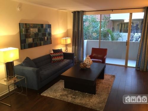 Decorator's One Bedroom in Los Angeles Apt 208 Photo 1