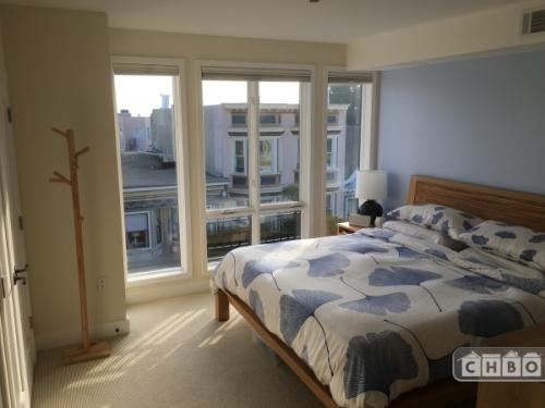 2BD/2.5BA in Inner Mission Unit 404 Photo 1