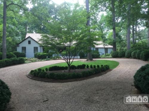 Furnished executive home in Charlotte Photo 1