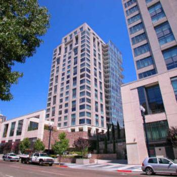 Furnished 3 Bedroom 16th Floor Hi Rise Downtown... 1601 Photo 1