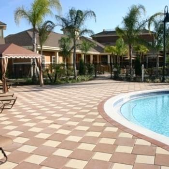 Orlando: Avalon Park Furnished Apartment Photo 1