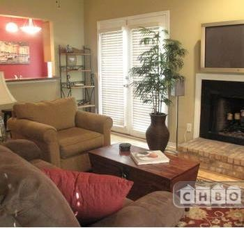 Great Furnished Two bedroom Townhouse ne 16 Photo 1