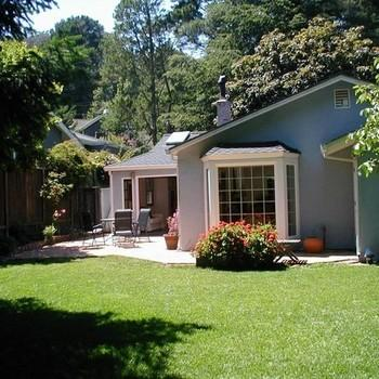 Great furnished home with flat yard in Mill Valley Photo 1