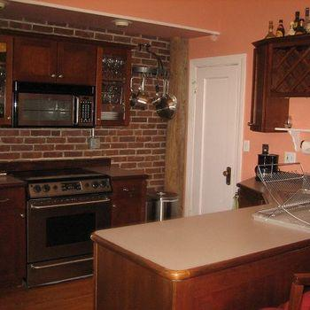 The Kenmore 1.5BR/2BA Furnished Apartment C Photo 1