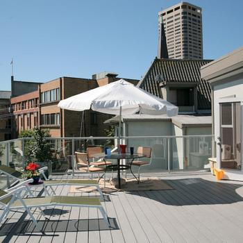 Furnished remodeled Seattle loft condo in Histo... 15 Photo 1