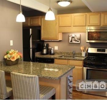Fully furnished condominium - Barrington 1 Photo 1