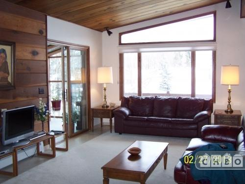 Chalet-style Executive Furnished Home Photo 1