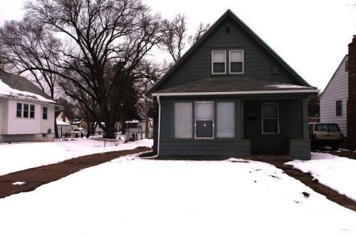 2712 Laurel Ave Photo 1