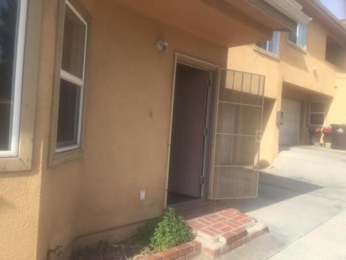 422 Centinela Ave Apt 2 Photo 1