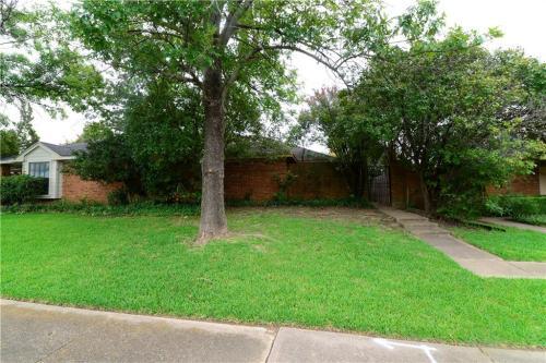 10228 Ridge Oak St Photo 1