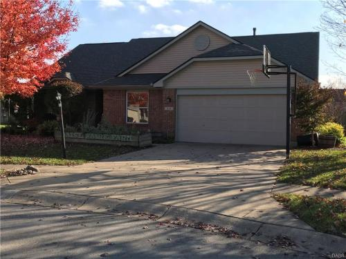 210 Clearwater Court Photo 1