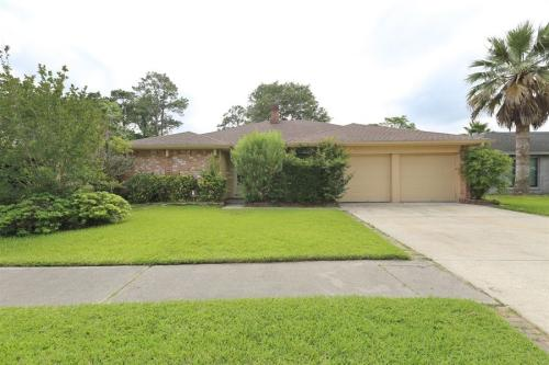 23111 Bright Star Dr Photo 1