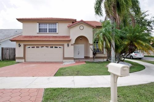14460 SW 112th Ter Photo 1