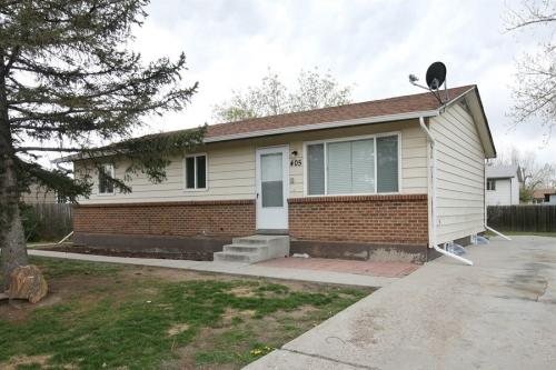 405 Dogwood Ave Photo 1