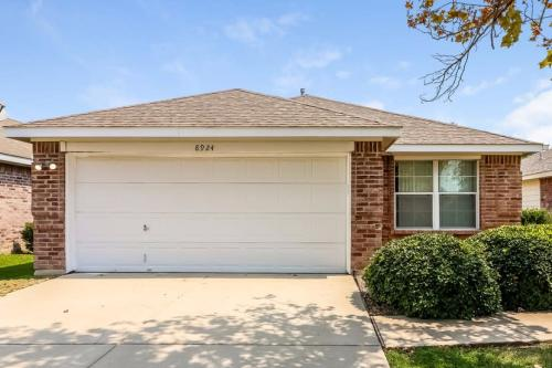 8924 Sunny Hollow Dr Photo 1