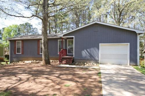 1182 Demere Dr Photo 1
