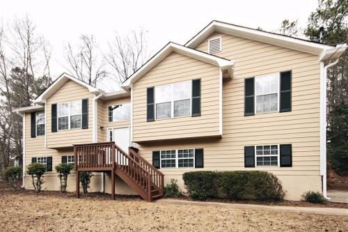 4278 Sterling Pointe Dr Photo 1