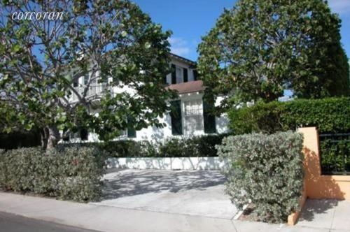 135 Seaview Avenue Photo 1