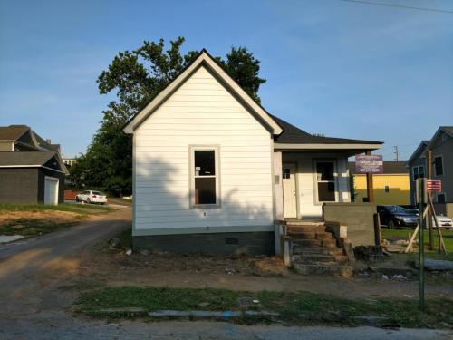 1008 Fairview Avenue Photo 1