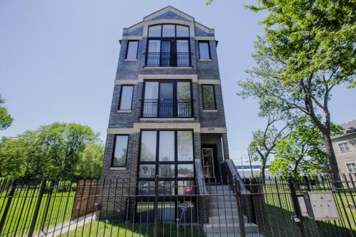 wells street case Beautiful convertible located within brand new property, call for details available for showings weekdays & weekends 1 month free included in listing price, 12.