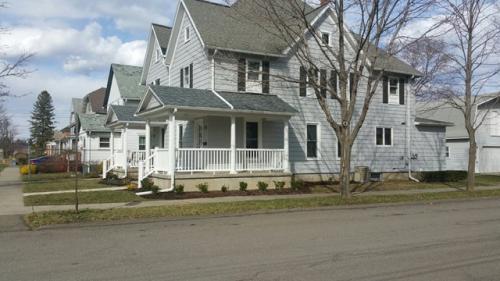 238 Glenwood Ave Photo 1