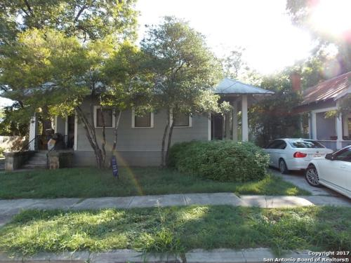 716 E Guenther St #B Photo 1