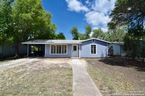 411 Blakeley Dr Photo 1
