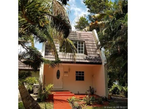 6701 Crooked Palm Ln Photo 1