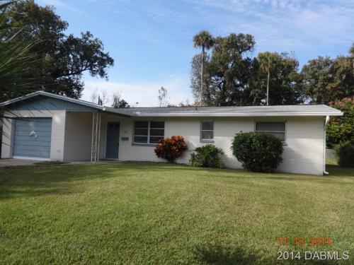 1112 Clearwater Road Photo 1