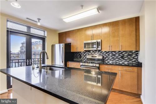 1390 Kenyon Street NW Photo 1