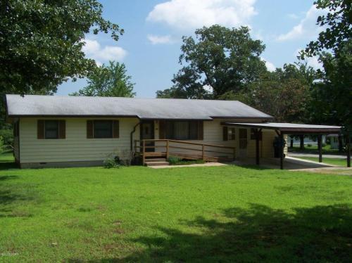 159 Red Oak Drive Photo 1