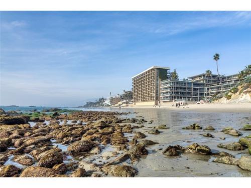 1585 S Coast #2 Photo 1