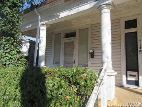 1712 Howard Street Photo 1