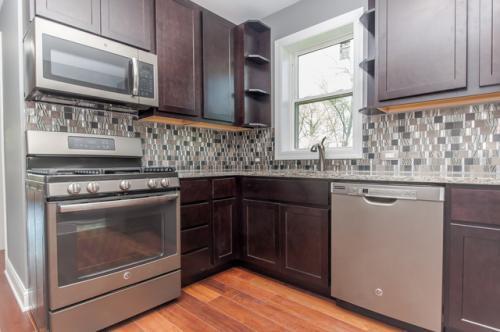 4942 N Lockwood Avenue #2 Photo 1