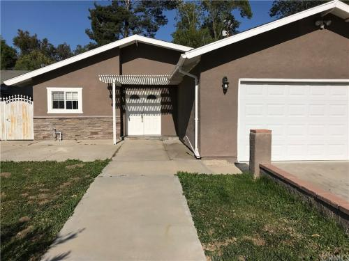 15493 Country Club Drive Photo 1