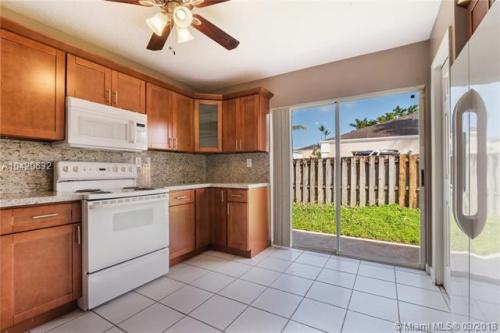 22173 SW 98th Place Photo 1