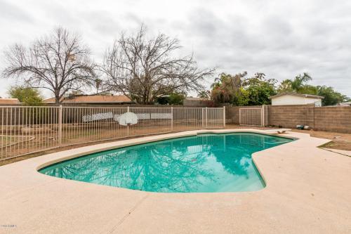 2931 E Villa Rita Drive Photo 1
