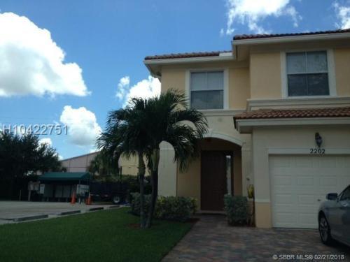 911 Seminole Palms Drive Photo 1