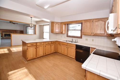 5725 Windridge Drive Photo 1
