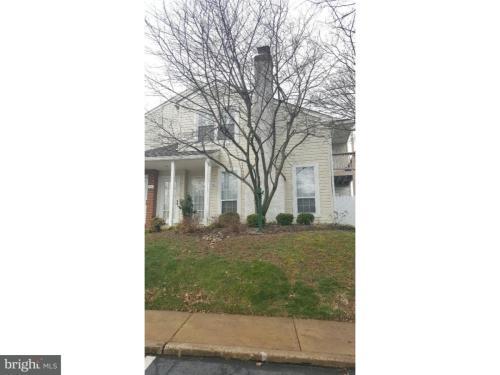 402 Beacon Hill Drive Photo 1