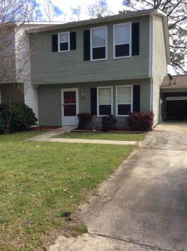 620 Maplewood Drive Photo 1