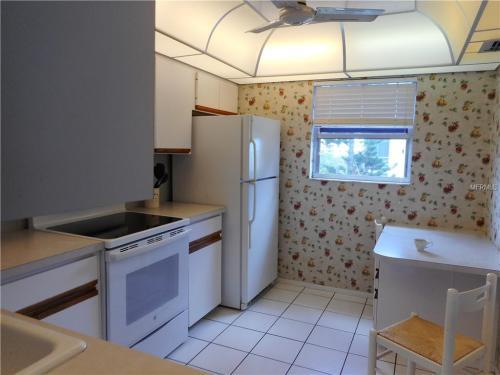 3840 Ironwood Lane Photo 1