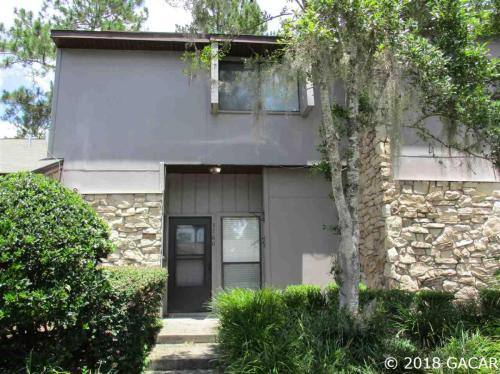 3760 NW 53rd Road Photo 1