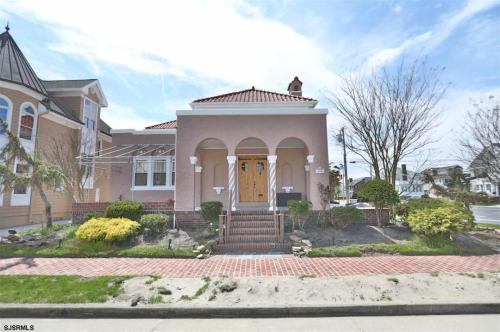 100 S Osborne Avenue Photo 1