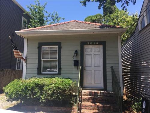 3015 Laurel Street Photo 1