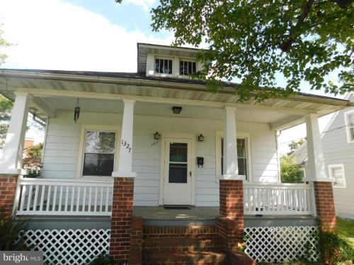 1327 Hanover Street Photo 1