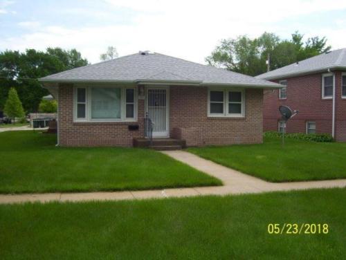 301 S Maple Photo 1