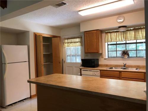 35505 Oak Ridge Avenue #B Photo 1