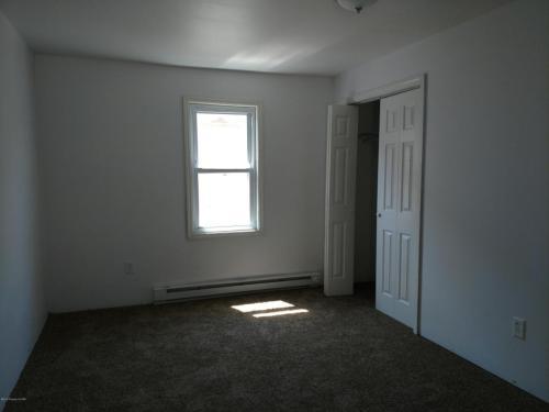 114 Elk St 2nd Floor Photo 1